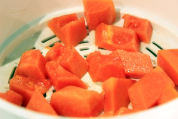 Steamer_papaya cubes