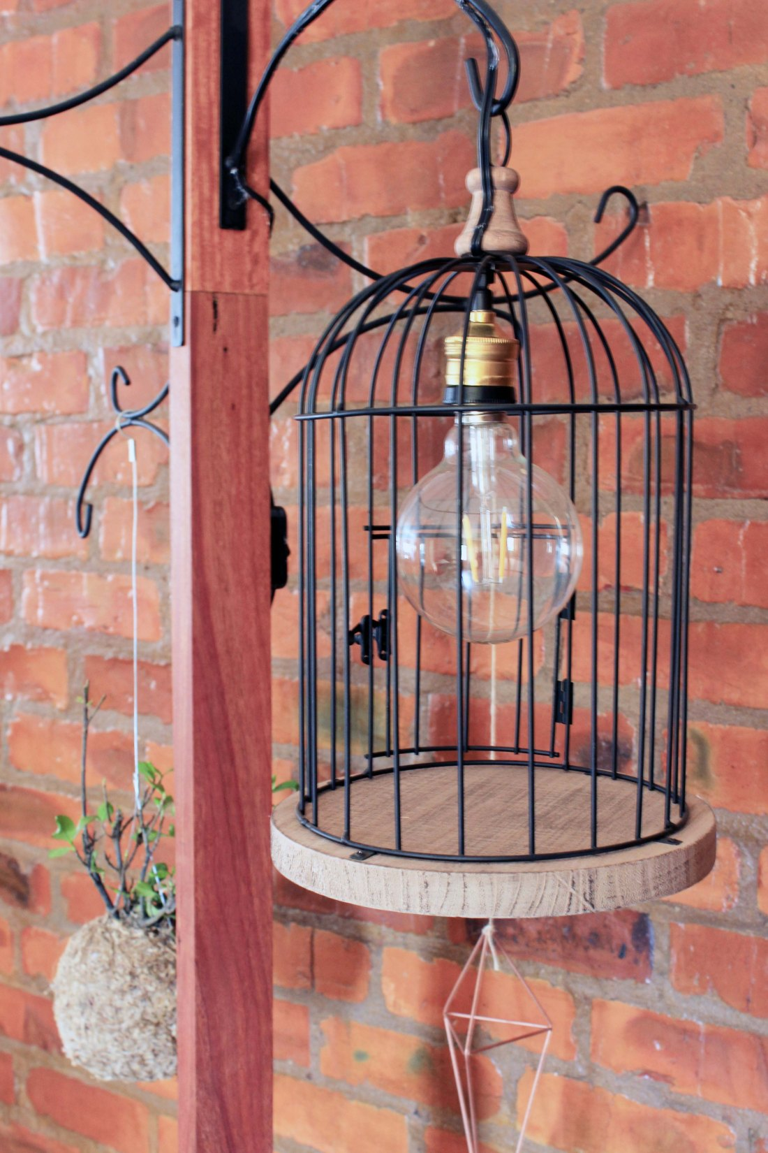 DIY_Unique Coat Hanger-Bird Cage Lamp_3